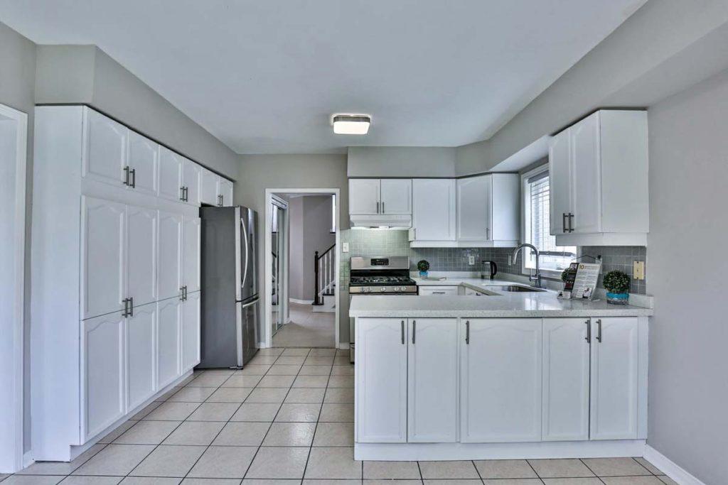 76 Desert View Crescent Richmond Hill Realtor Andrei Peresunko продаётся дом в Ричмонд Хилл